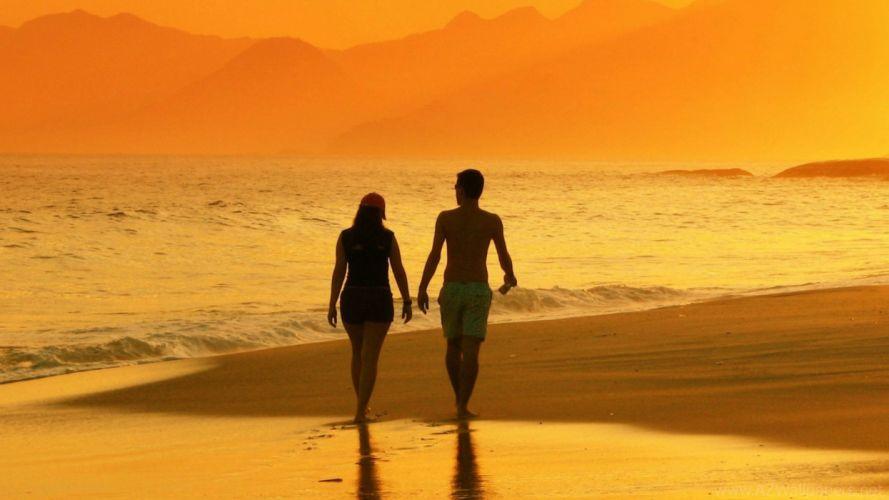 paseo novios amor playa wallpaper
