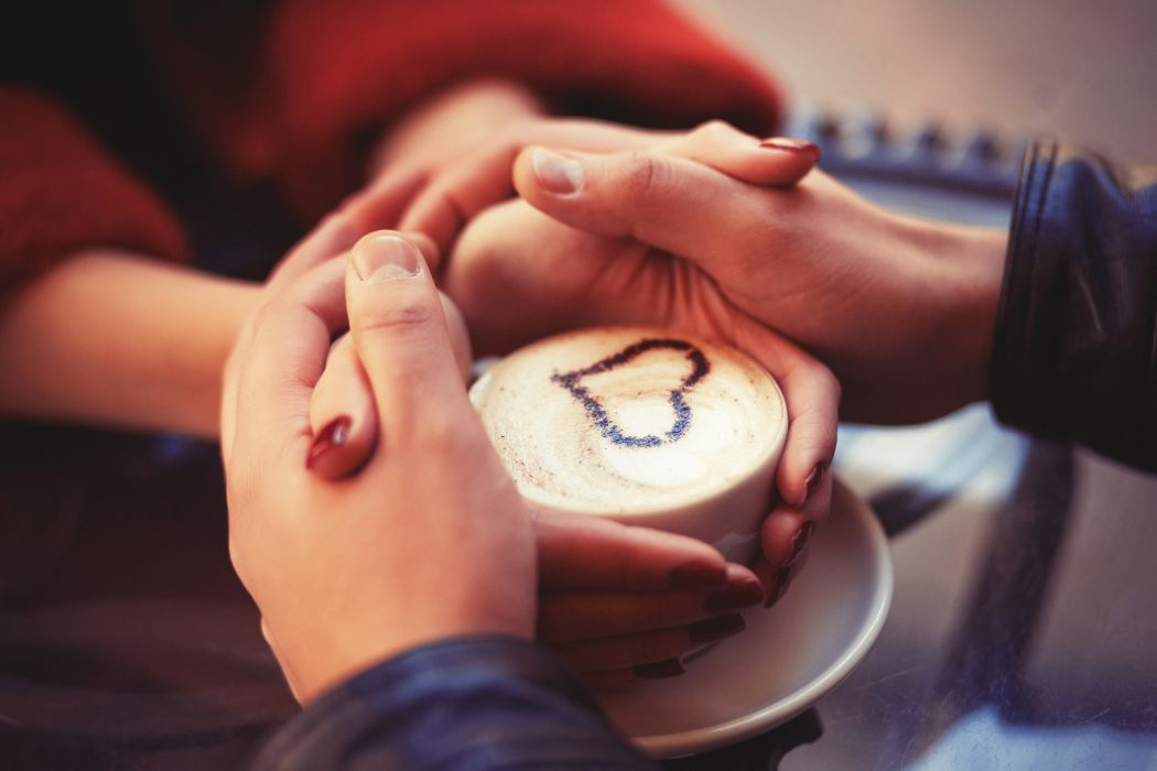 Love Couple Holding Hands At Coffee wallpaper