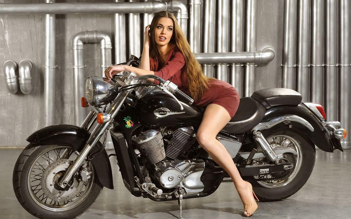 Machine sensuality sensual sexy girl woman model motorcycles bike legs knees minidress high-heels hips Honda pipe-chopper wallpaper