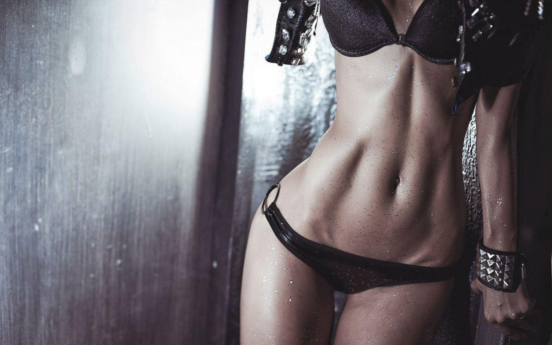 Sport sensuality sensual sexy girl woman model body fitness workout sportswear belly abs navel sweat sweaty bikini skinny glitter Ura-Pechen wallpaper