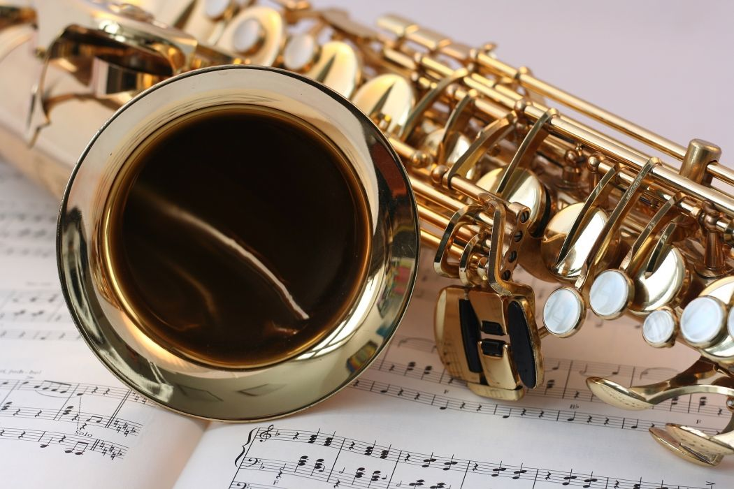 brass classic classical music close-up gloss gold instrument keys music music book musical instrument musical notes reflection saxophone section woodwind instrument wallpaper