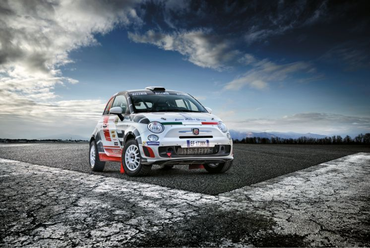 Abarth 500 R3T 2009 wallpaper