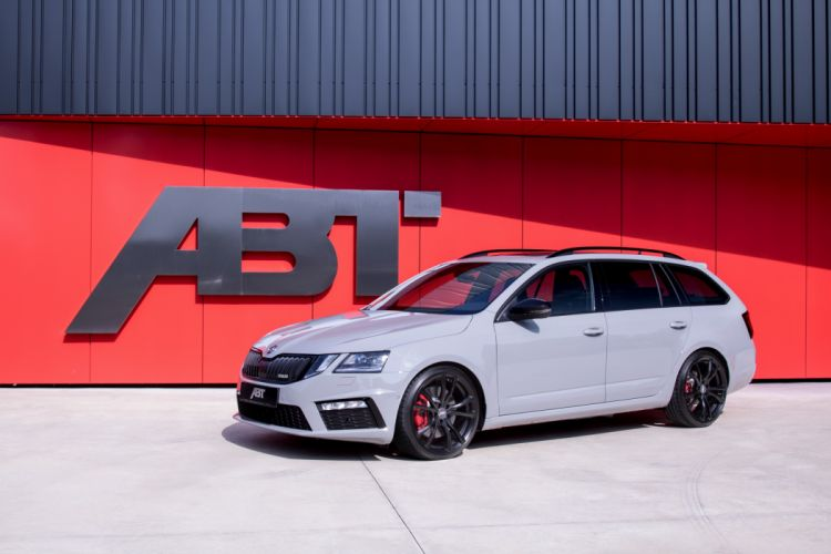 ABT AZkoda Octavia RS Combi 2017 wallpaper