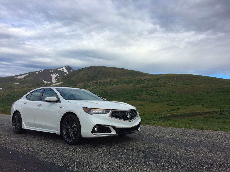 Acura TLX 2018 wallpaper