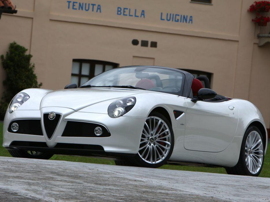 Alfa Romeo 8C Spyder 2008 wallpaper