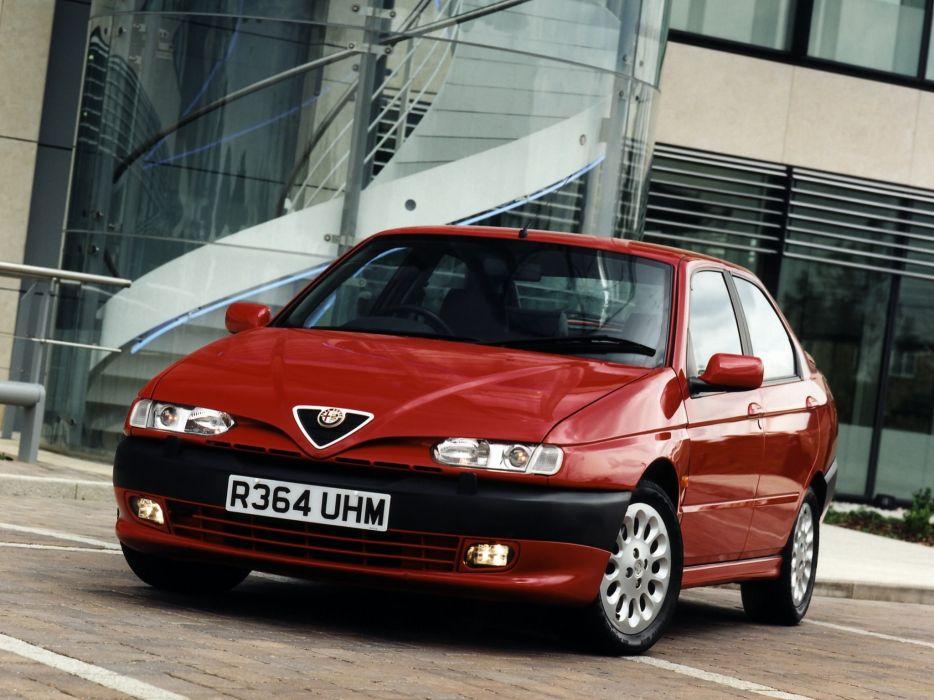 Alfa Romeo 146 1995 wallpaper
