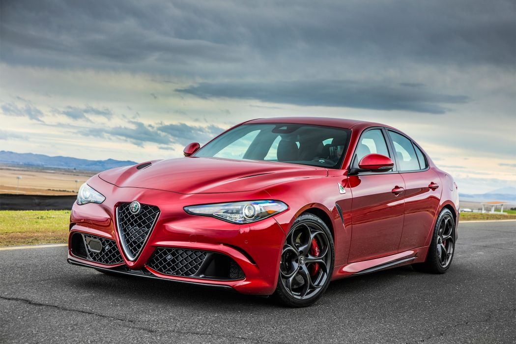 Alfa Romeo Giulia 2017 wallpaper