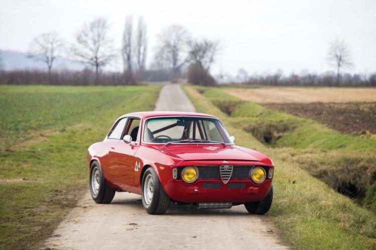 Alfa Romeo Giulia Sprint GTA 1965 wallpaper