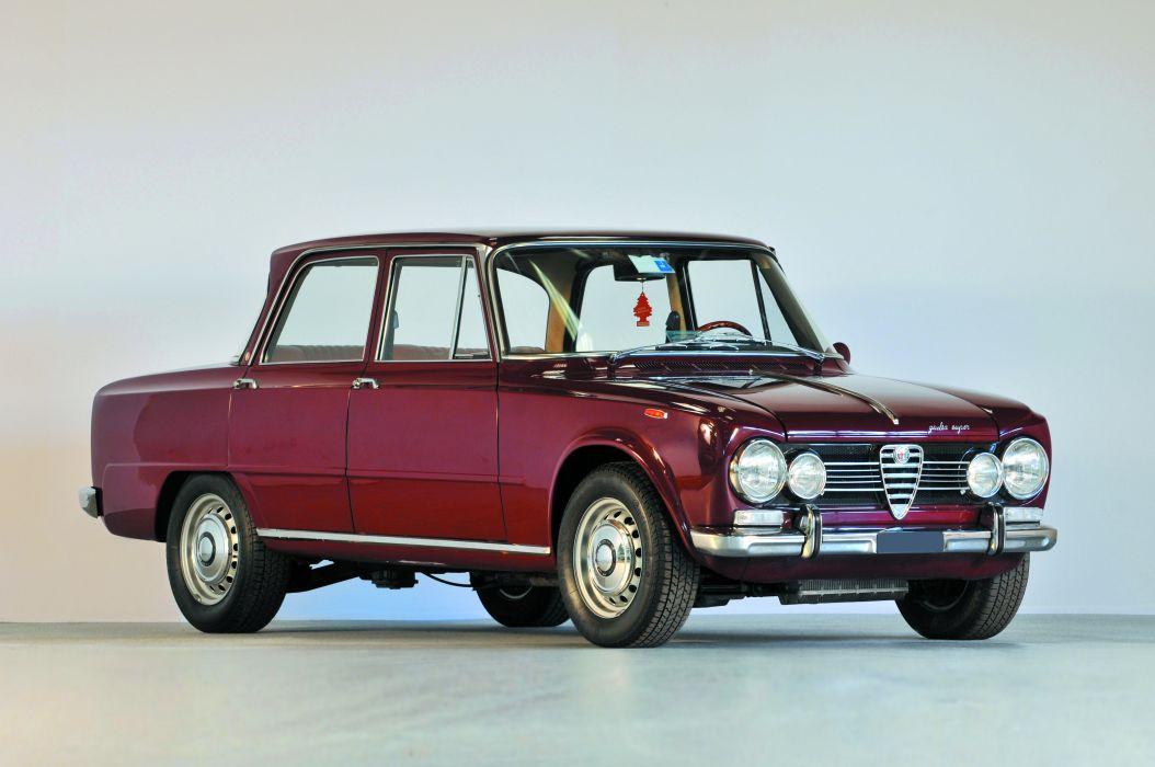 Alfa Romeo Giulia Super Berline 1968 wallpaper