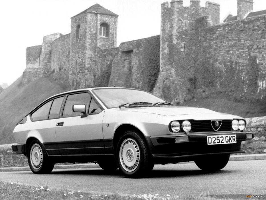 Alfa Romeo GTV 6 2 5 1983 wallpaper