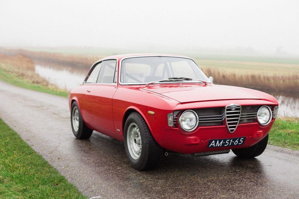 Alfa Romeo Sprint GT Veloce 1967 wallpaper