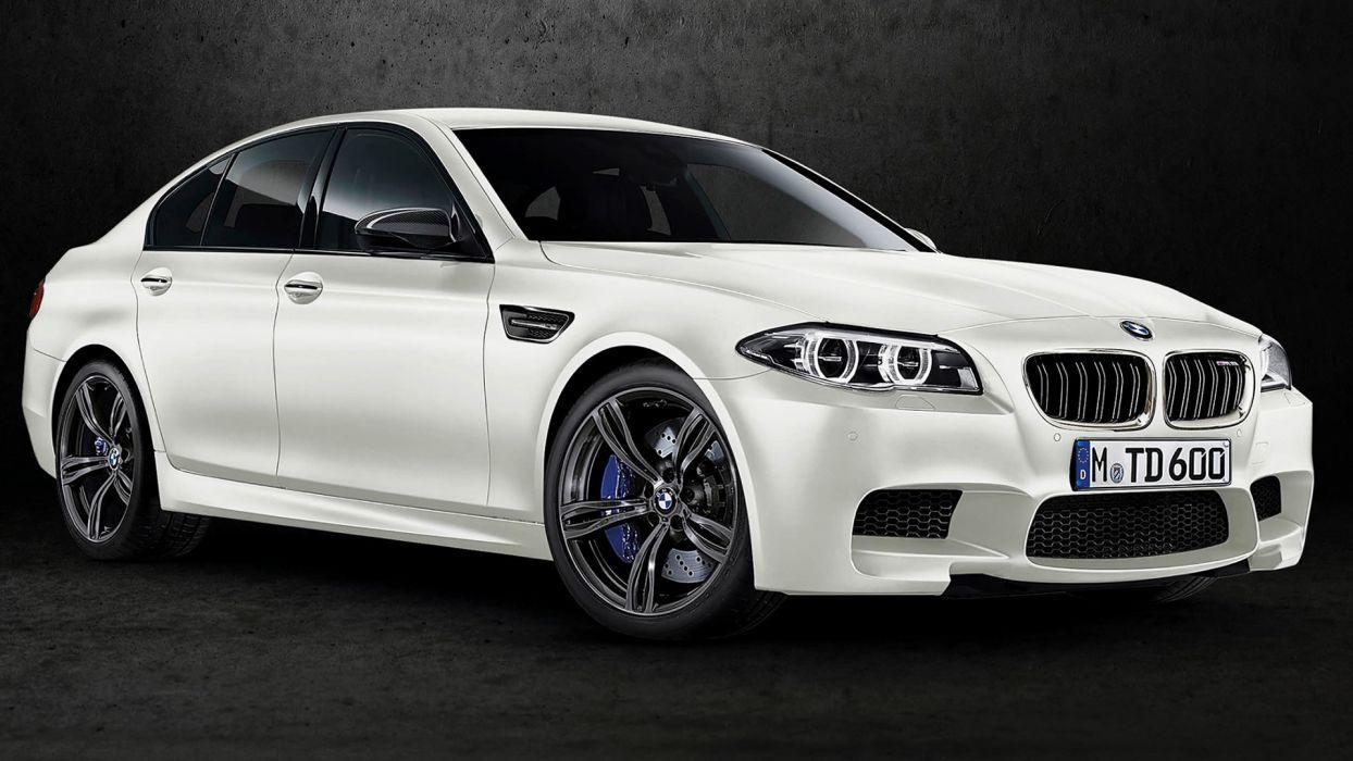 BMW M5 White Shadow 2015 wallpaper