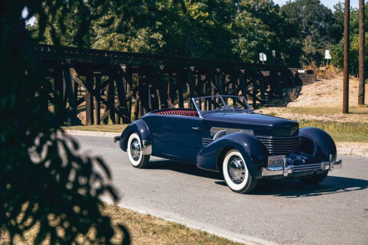 Cord 812 Supercharged Phaeton 1937 wallpaper