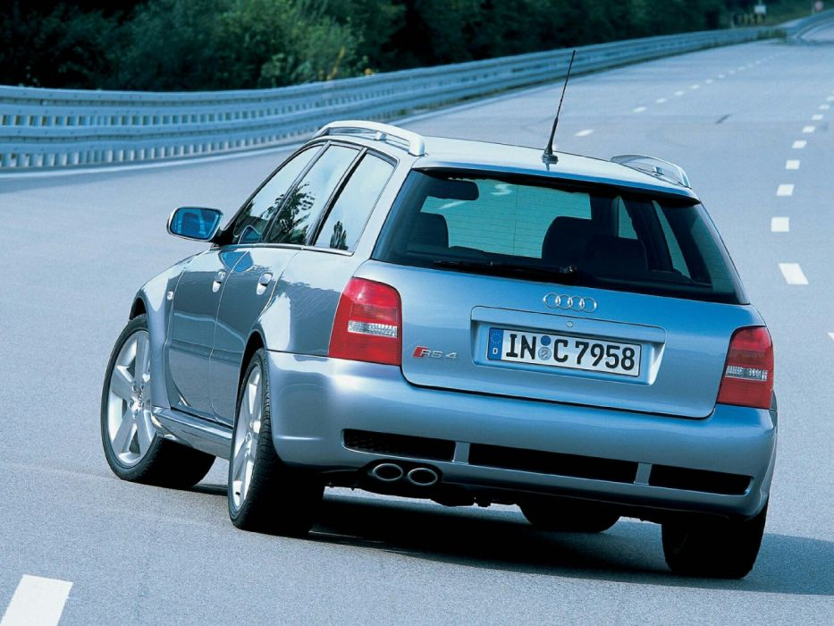 Audi RS4 Avant B5-8D wallpaper