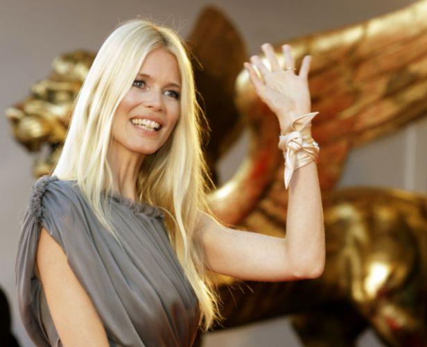 Claudia Schiffer modelo alemana wallpaper
