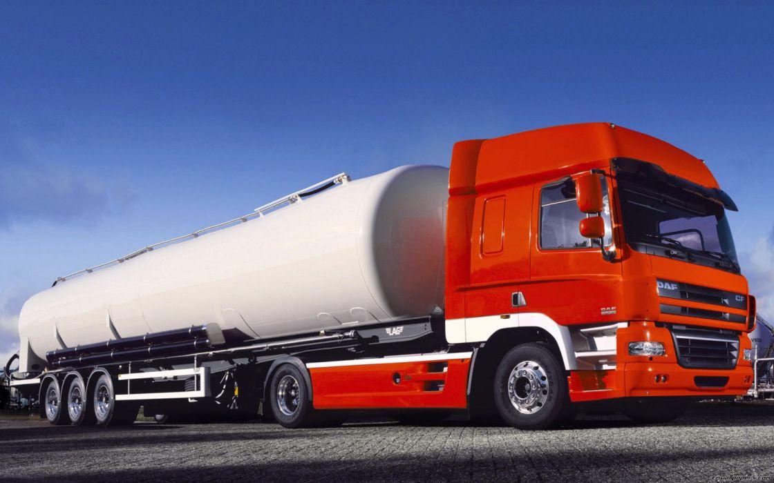 camion cisterna naranja wallpaper