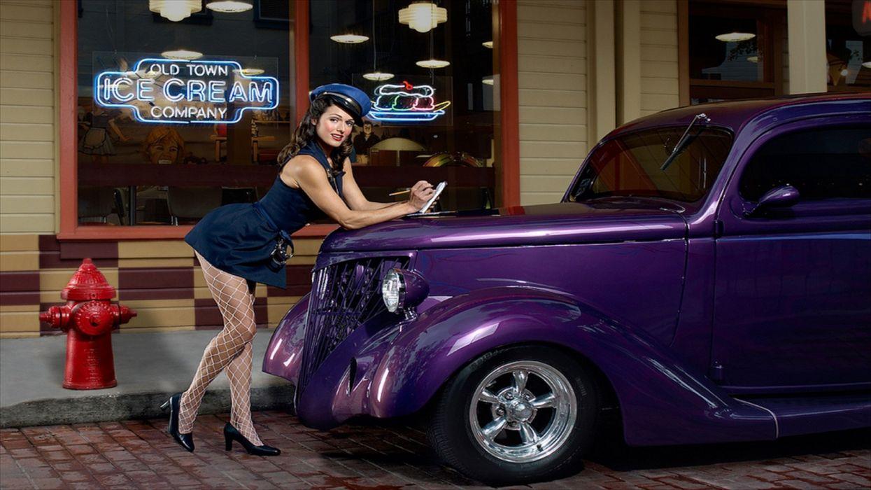 Machine sensuality sensual sexy girl woman model old-car classic oldtimer pinup legs knees dress stockings hat hydrometer purple wallpaper