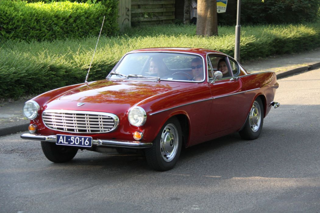 Volvo P1800 wallpaper