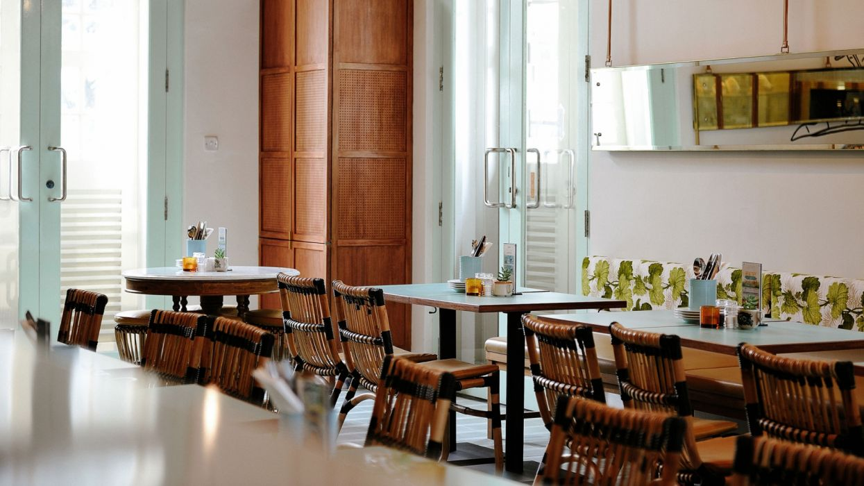 interior restaurante lujo disey wallpaper