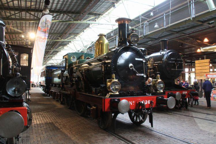 Railway Museum Utrecht wallpaper
