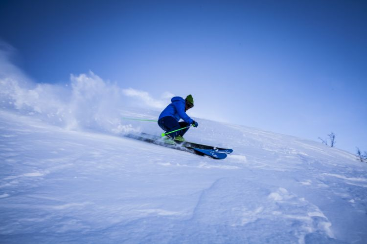 action adventure alpine blue mountains cold fun ice leisure mountain recreation resort ski ski resort ski slope skier skiing wallpaper