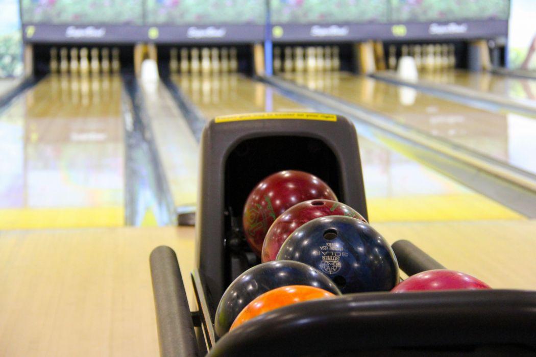 Shiny Bowling Balls wallpaper