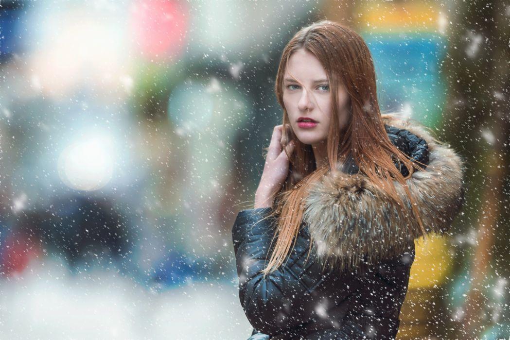 attractive beautiful fashion female fur coat girl model snow woman wallpaper
