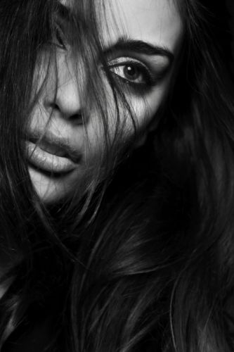 attractive beautiful beauty black and white black-and-white eye face female girl glamour hair lady model monochrome person portrait pretty woman wallpaper