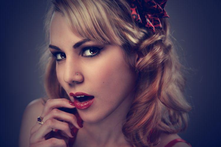 beauty blonde eyes face girl hair lipstick make-up makeup model person photography portrait pretty woman wallpaper