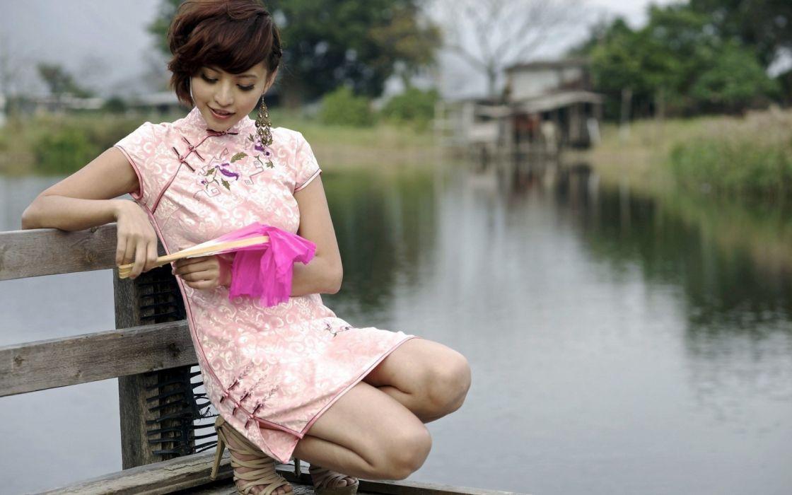 Photography sensuality sensual-sexy girl woman model legs knees asian squatting smiling nature water stiletto minidress pier lake wallpaper