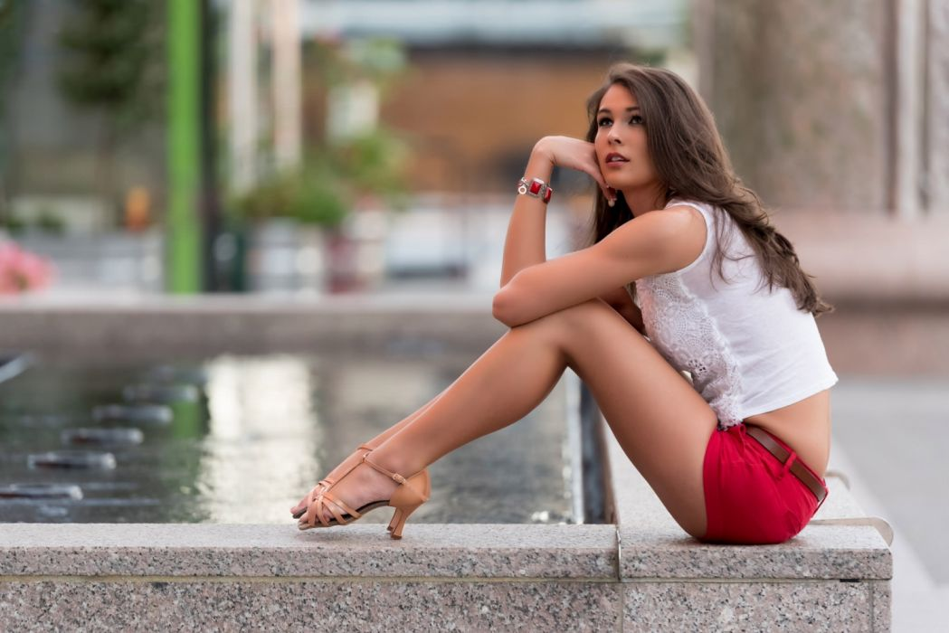 Photography sensuality sensual-sexy girl woman model legs knees jean-shorts denim high-heels sitting water city urban thoughtful wallpaper