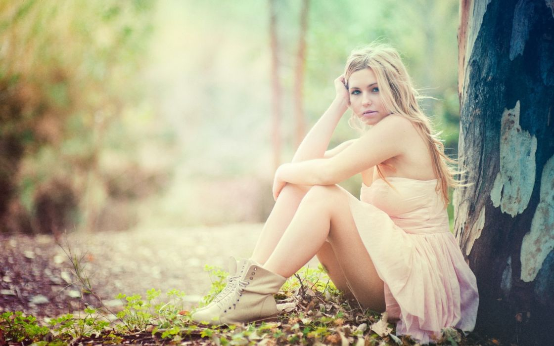 Photography sensuality sensual-sexy girl woman model legs knees Kery-Rut-Garcia blonde tree sitting wallpaper