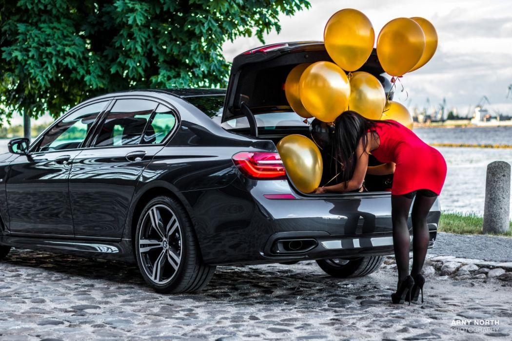 Machine sensuality sensual sexy girl woman model car legs knees dress stockings high-heels skinny helium-balloon BMW Range-Rover wallpaper
