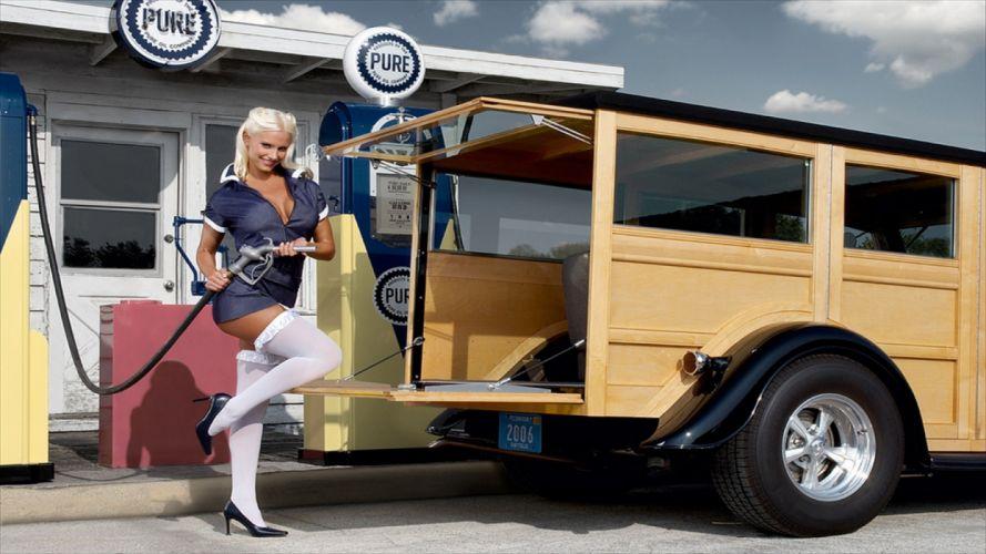 Machine sensuality sensual sexy girl woman model old-car classic oldtimer pinup legs knees minidress stockings gas wallpaper