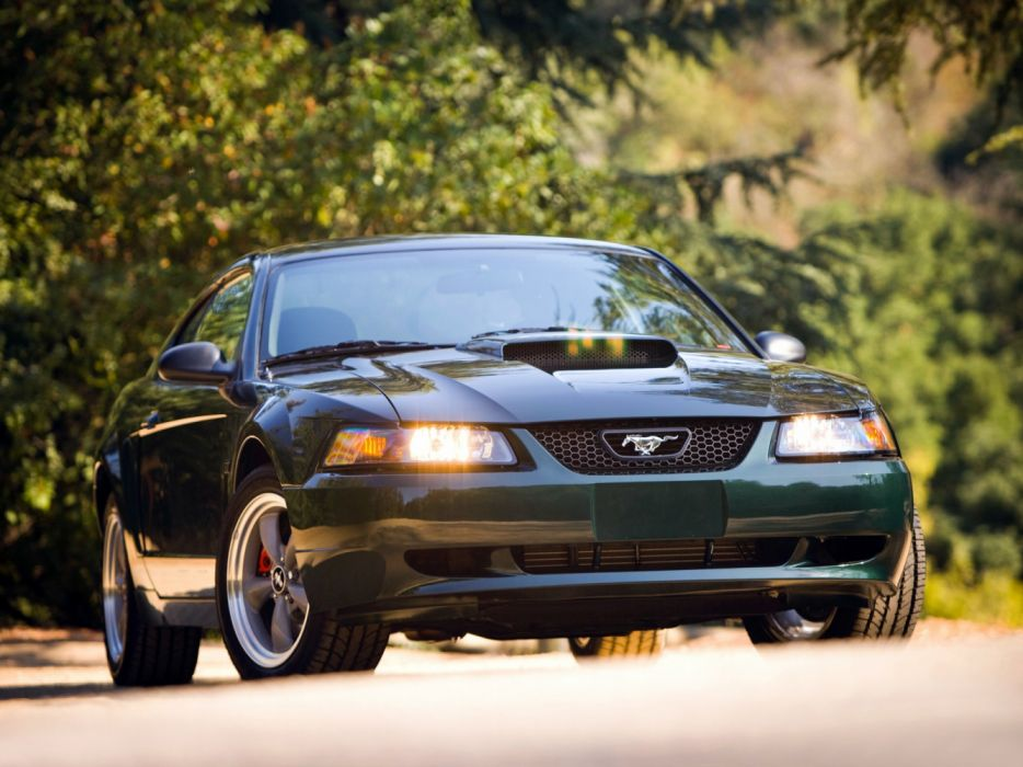 Ford Mustang Bullitt GT 2001 wallpaper