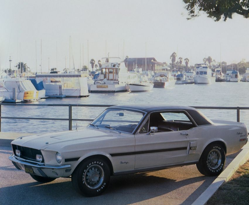 Ford Mustang GT California Special 1968 wallpaper
