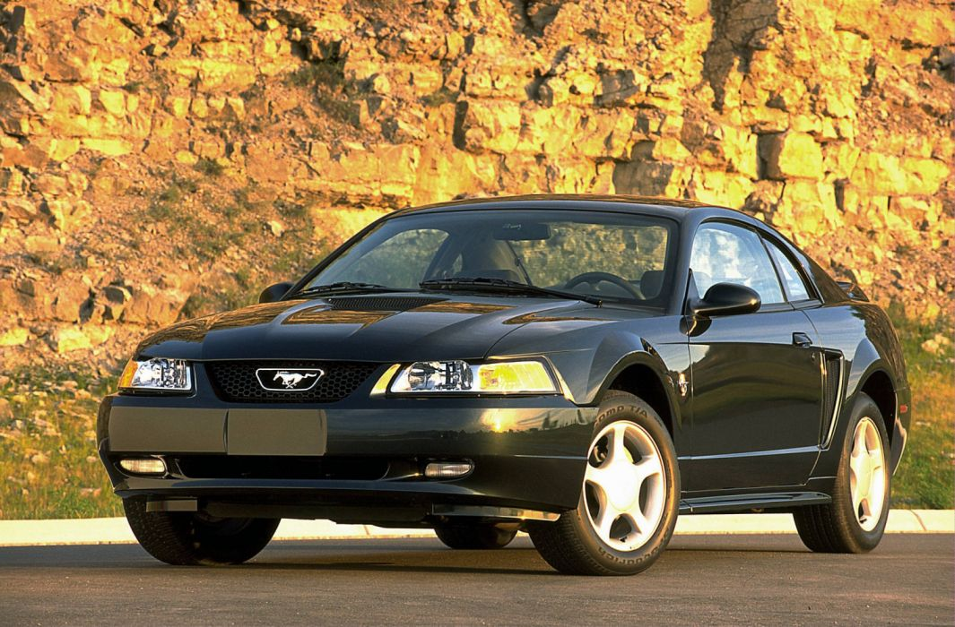 Ford Mustang GT Coupe 1999 wallpaper
