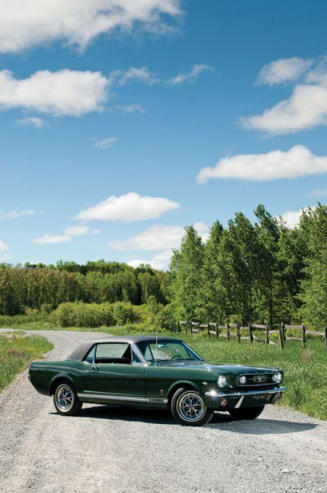 Ford Mustang GT Hardtop 1966 wallpaper