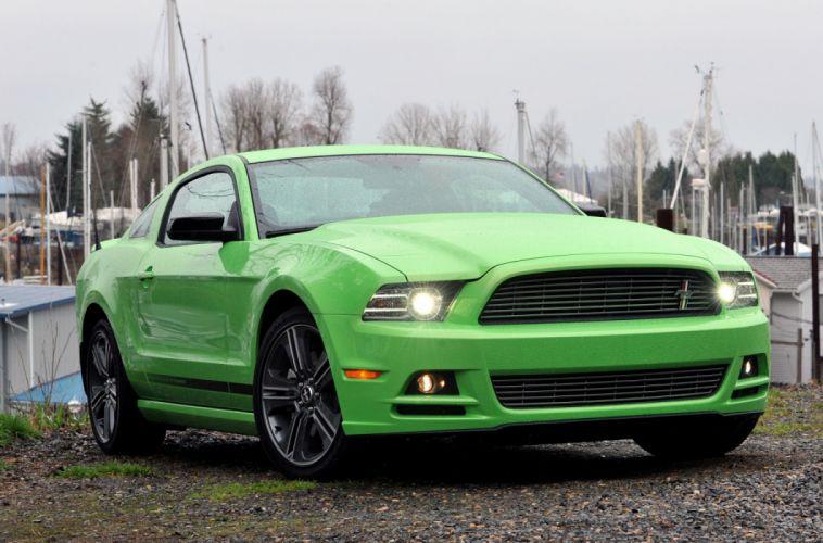 Ford Mustang V6 2013 wallpaper
