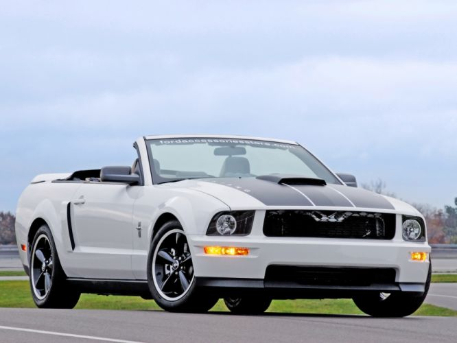 Ford Project Mustang GT Convertible 2006 wallpaper