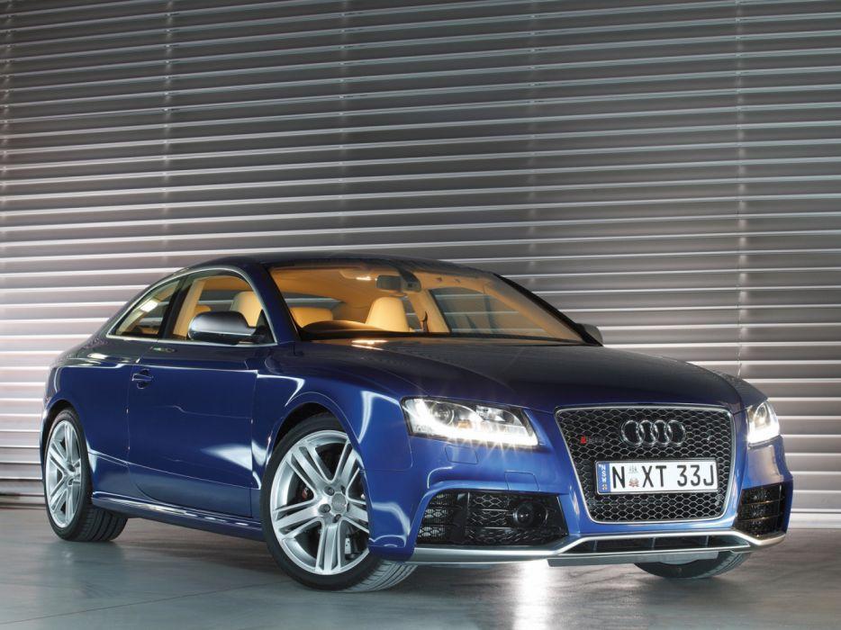 Audi RS5 2010 wallpaper