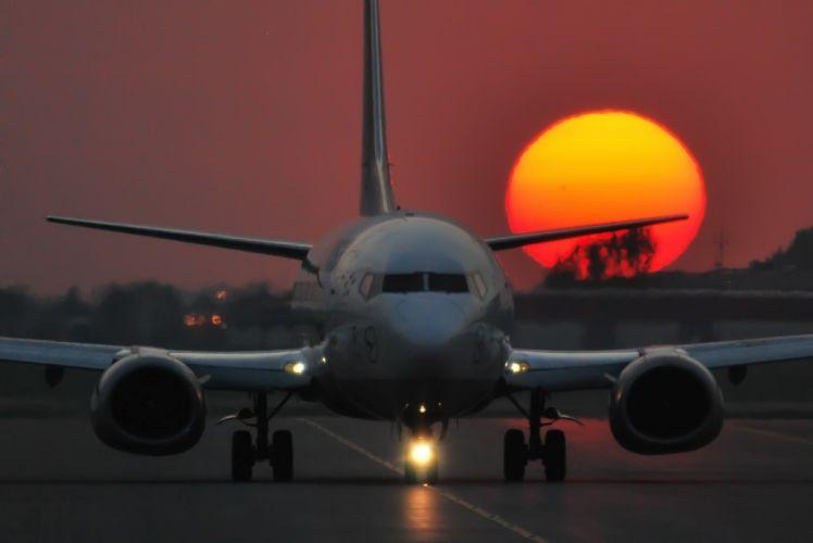 boeing 737 puesta sol despegue avion wallpaper