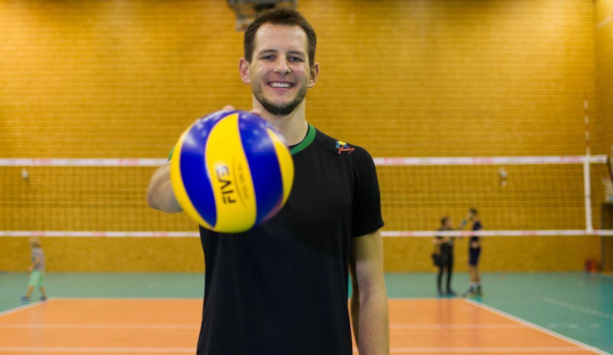 bartosz-kurek-jt-thunders volleyball wallpaper