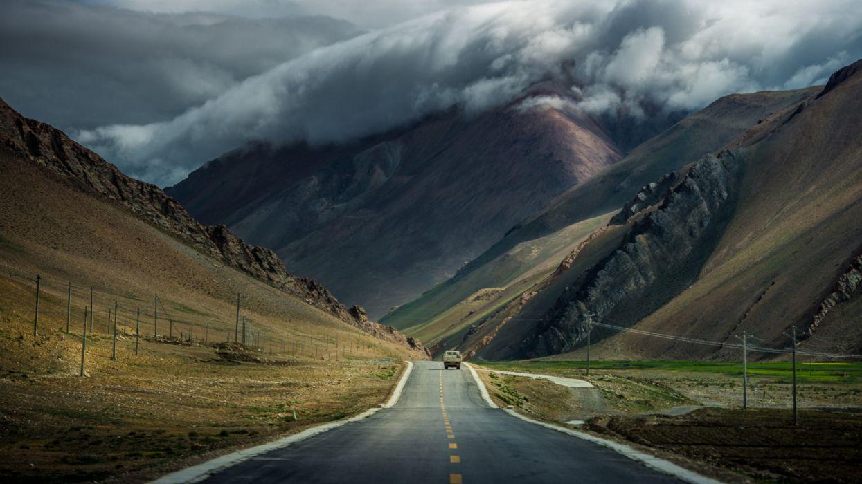 carretera montay wallpaper
