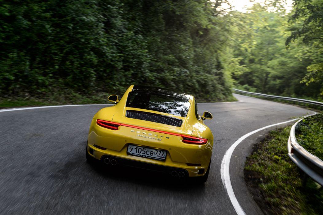 Porsche 911 Carrera 4S 991 2 2015 wallpaper
