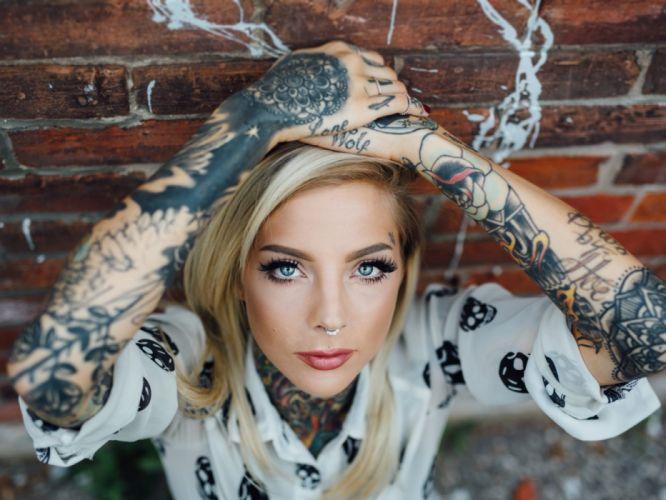 Blonde Tattoo wallpaper