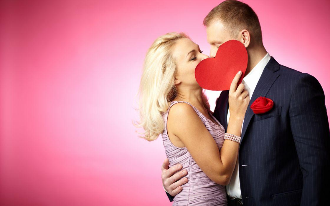 Men Valentine's Day Love wallpaper