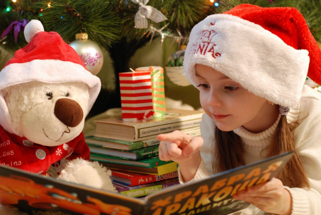 christmas celebration holiday decoration art crafts books candle child kid cute gifts story teddy-bear toy wallpaper