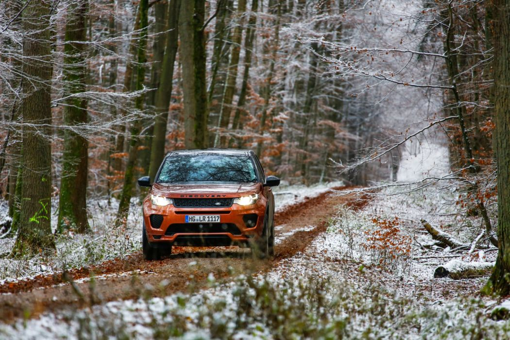 2018 Land Rover Discovery Sport HSE Si4 Dynamic Lux Worldwide (L550) suv wallpaper