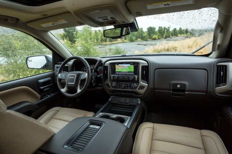 2018 GMC Sierra 2500 HD Denali Crew Cab pickup truck ...